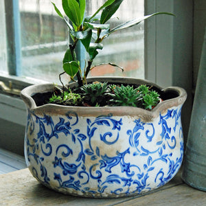 Blue and white Hampton ceramic round scallop edged planter
