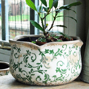 Green Hampton ceramic round pie crust edged planter
