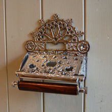 Traditional Imperial design victorian wall mounted toilet loo roll holder.