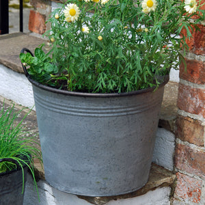 Normandy vintage style round metal garden planter tub-Large