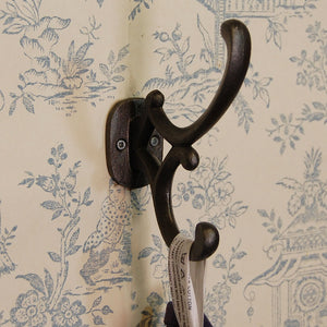 Vintage design cast metal coat hook