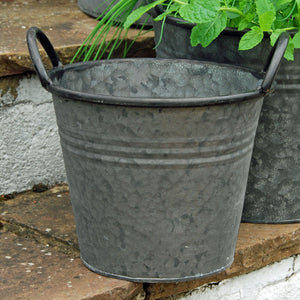 Normandy vintage style round metal garden planter tub-Extra small