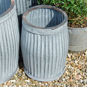 Small vintage style galvanised dolly planter (Sold out)