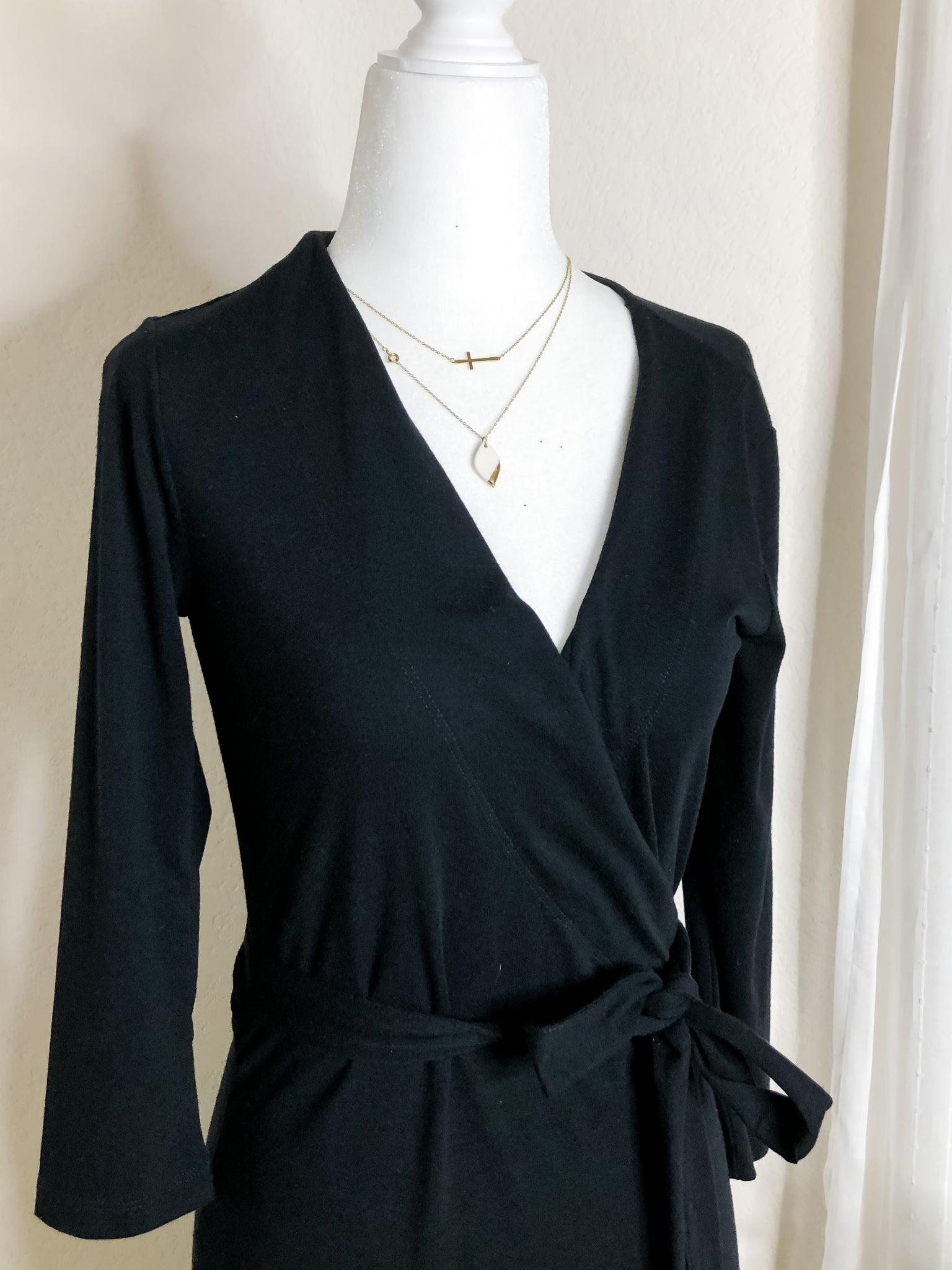 Gap Classic Black Wrap Dress XS