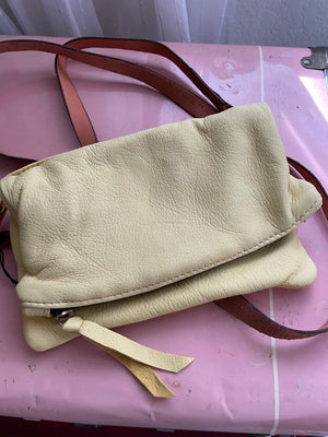 HDC Essential Crossbody Purse