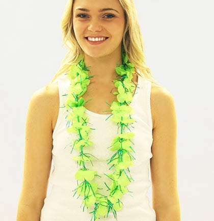 "This 30"" fabric and tinsel lime green sparkly lei will look gorgeous on all of your party attendees."