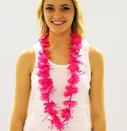 This pink, sparkly fabric lei will look gorgeous on all of your party attendees and will stand out wherever you go.
