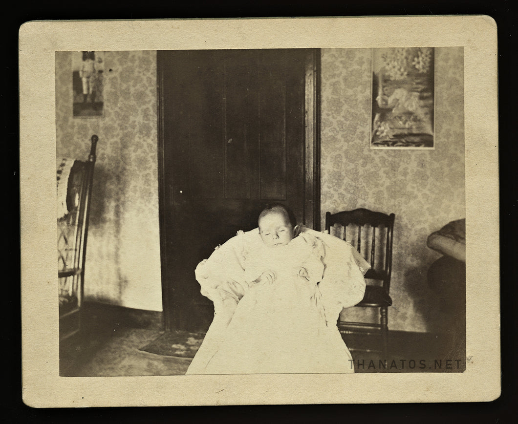 Post Mortem Identified Infant Born & Died in 1896 - Photographed at Home