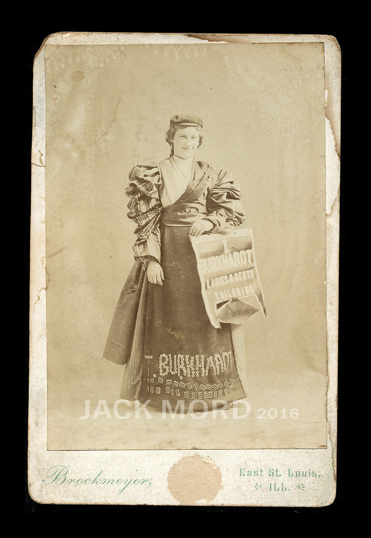 Rare Banner Advertising Girl Cabinet Card Photo - Illinois Tailoring Store