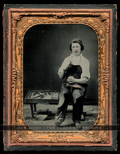 Excellent Occupational Photo Shoe Repairman Worker / Cobbler with Tools - 1850s