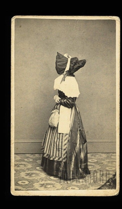 creepy unusual 1860s cdv photo of naomi wilcox - face hidden by bonnet