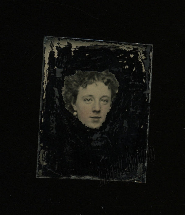 Weird Little Floating Head Girl - Antique Abstract 1860s 1870s Gem Tintype Photo