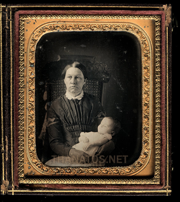 Post Mortem Child with Mother, 1/6 Daguerreotype, 1850s