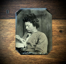 Load image into Gallery viewer, THREE Tintypes Same Memphis Tennessee Man Reading Paper Tinted Hat 1860s 1870s 1800s