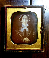 Load image into Gallery viewer, 1840s Daguerreotype Smiling Woman, Jewelry & Interesting Seals