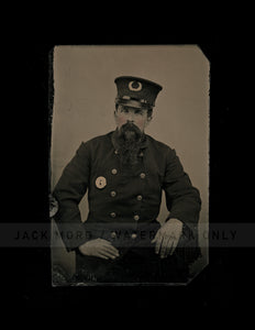 Excellent Antique Tintype Photo Victorian Policeman Painted Gold Badge Insignia