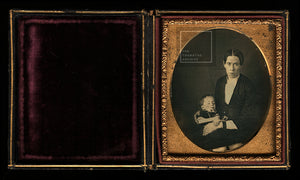 1/6 Post Mortem - Woman Wearing Mourning Bands & Child