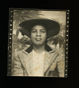 vintage photo booth photo african american black woman large hat 1940s