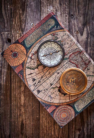 Compass Globetrotter i messing farve