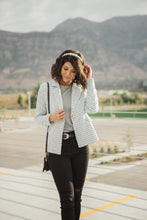 Load image into Gallery viewer, Tweedle Dee-lightful Tweed Blazer In Ivory