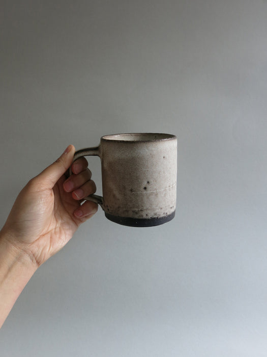 Black Mug in White Magnesium Matte