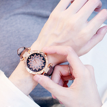 Load image into Gallery viewer, Starry Leather Strap Watch
