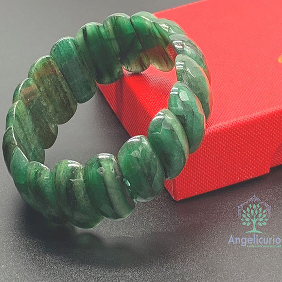 AFRICAN JADE BRACELET LARGE BEADS 11MMX14MM