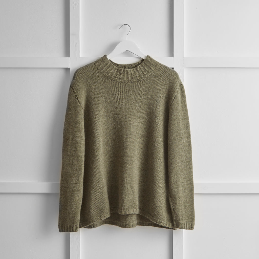 Hetre Alresford Boutique English Weather Khaki Cashmere Jumper