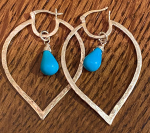 Turquoise and hammered silver hoop earring