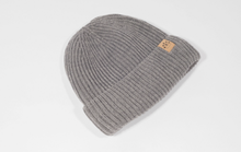 Load image into Gallery viewer, Mummy and Me Grey Bobble Hats