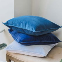 MIDNIGHT BLUE STONEWASHED VELVET CUSHION
