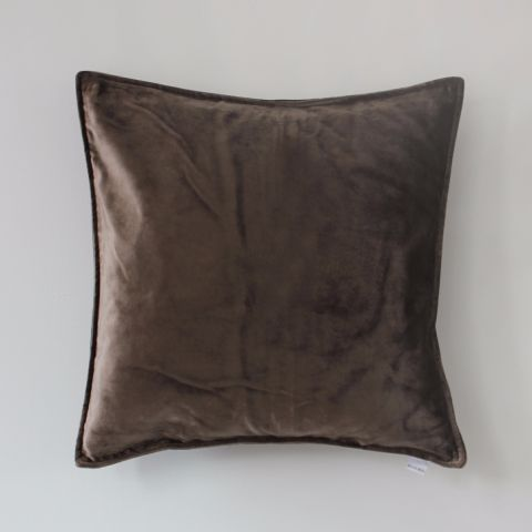 CHOCOLATE VELVET CUSHION