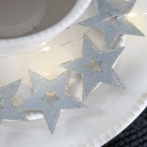 METAL STAR HANGER