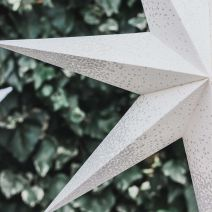 WHITE WITH SILVER EDGES LIGHT UP STAR 60CMS