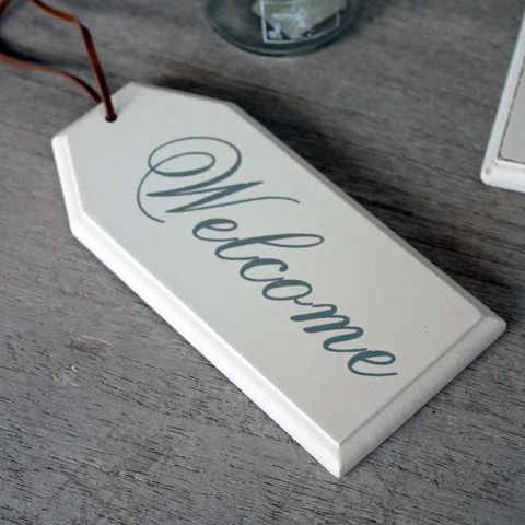 ANTIQUE WHITE WELCOME HANGER