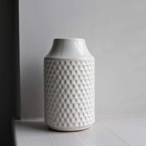 OFF WHITE TERRAIN VASE