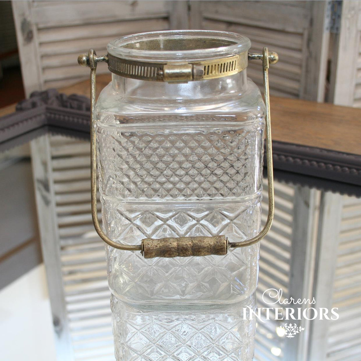 Glass jar with handle Large