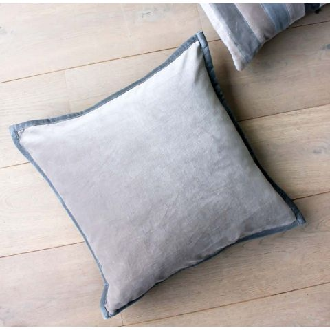VELVET PIPED CUSHION - GREY