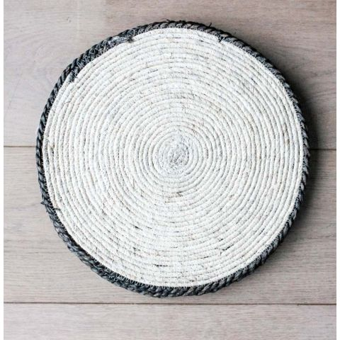 NATURAL TRIM MAIZE PLACEMAT/CHARGER