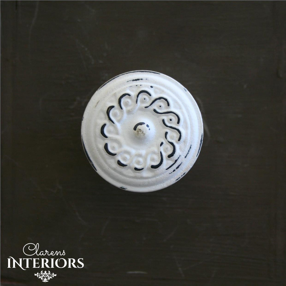Rope white wash knob
