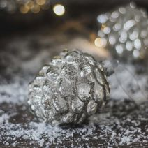 SHINY PINECONE BAUBLE
