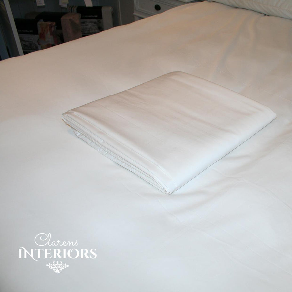 250TC Cotton White Fitted Sheet