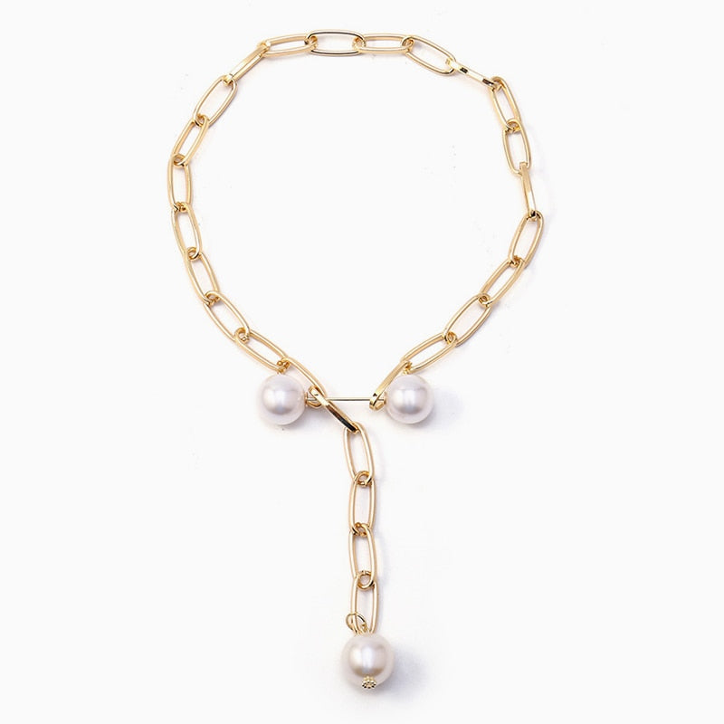 Asymmetrical Pearl Necklace