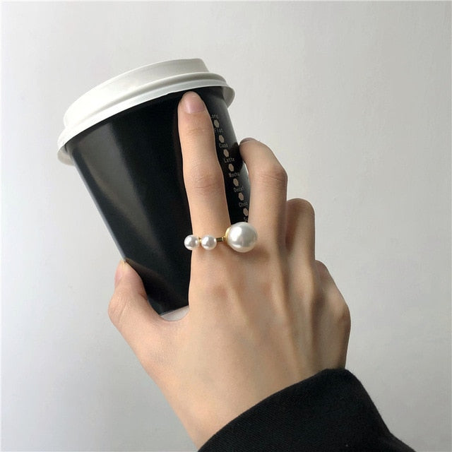 Touch of Pearls Ring