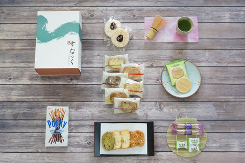 Snakku Japanese snack subscription August box