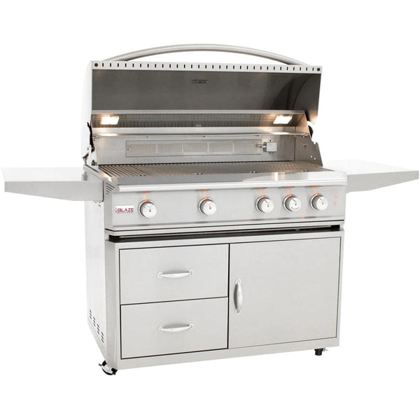 BLAZE PROFESSIONAL 44-INCH 4 BURNER BUILT-IN GAS GRILL WITH REAR INFRARED BURNER - Richard's Supply Inc