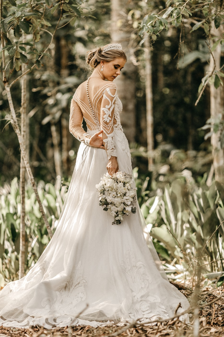 Tips for Buying Your Wedding Dress Online