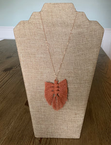 Feather Necklace (Rose Gold)