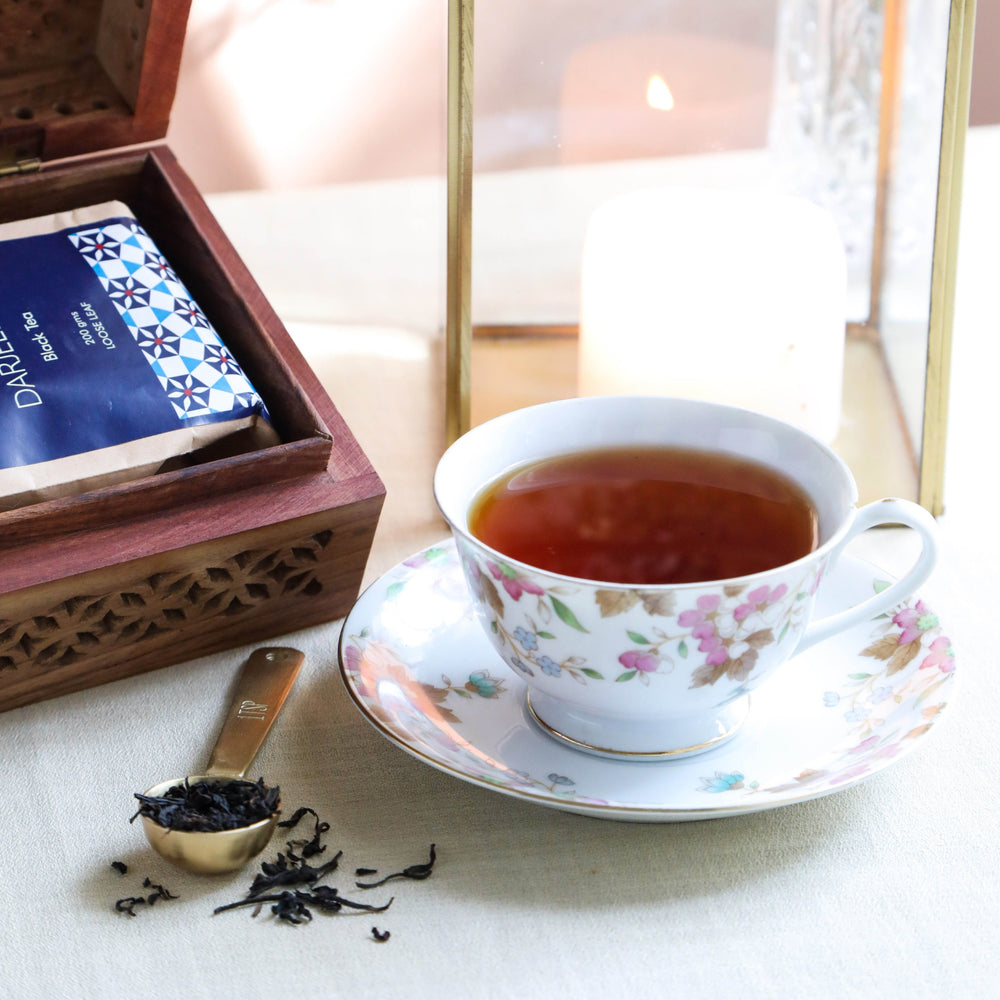 Load image into Gallery viewer, Indian Tea Collection - Classic Darjeeling Whole Leaf Black Tea