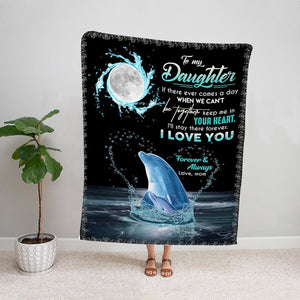 Dolphin in night mom to my daughter keep me in your heart i love you Fleece Blanket